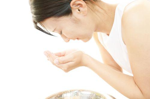 正しい洗顔方法で肌トラブル改善!肌を痛める原因は?あなたは大丈夫?