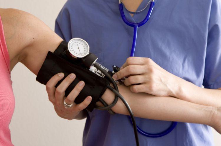 血圧の正常値は測定環境により異なる